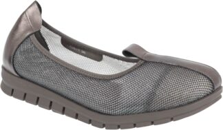Logic Leather & Mesh Casual Flats